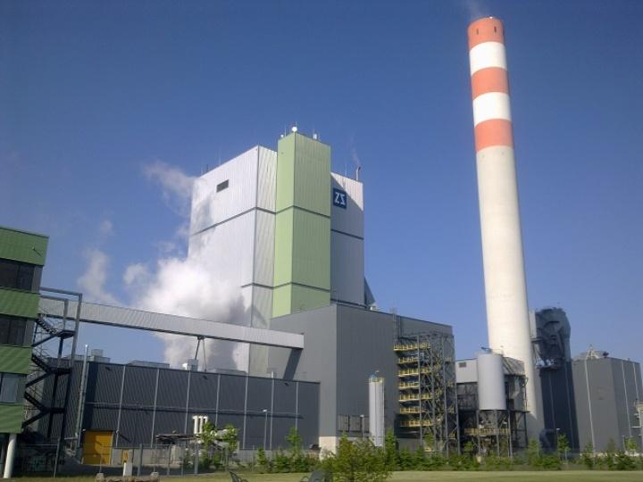 Thermisches Kraftwerk der Zellstoff Stendal, mit 135 MW größte Biomasseanlage Deutschlands  (c)